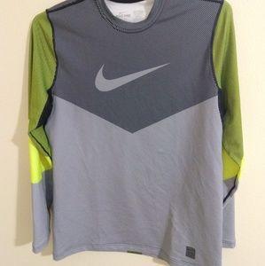 Nike Pro long sleeve tech tee - size L